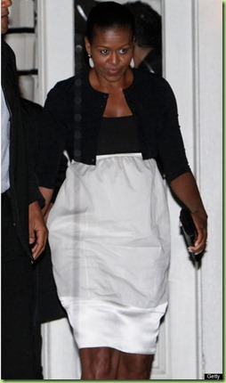 michelle-obama-martha's-vineyard-the-sweet-cafe-narciso-rodriguez