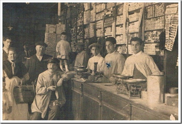 1905 CA TIENDA VALENCIANA