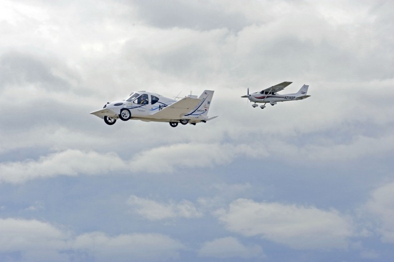 flying-car-terrafugia-9