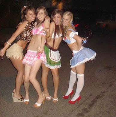 hot_halloween_girls_6 - Girls Halloween Party