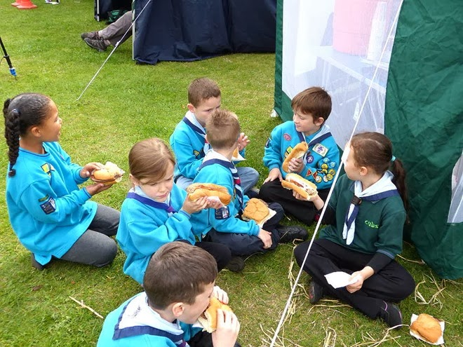 Castle Vale Festival - Beavers and Cubs enjoy their lunch