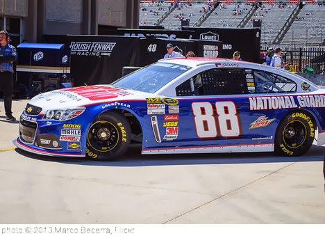 'Dale Earnhardt Jr.' photo (c) 2013, Marco Becerra - license: http://creativecommons.org/licenses/by/2.0/