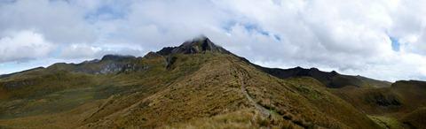 Hiking towards Rucu Pichincha above Quito.