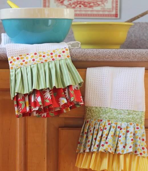 Ruffle Dishtowels in Oh Clementine