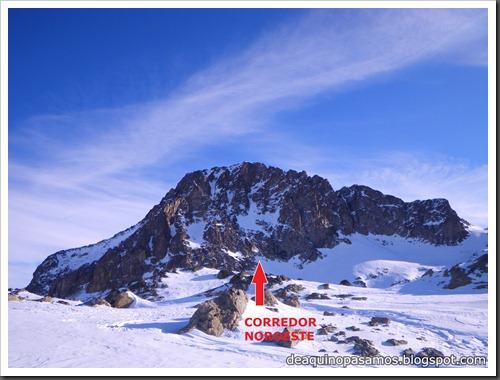 Corredor Noroeste (Izquierda) 300m AD  65º (Pico Serrato 2888m, Pirineos) 7405