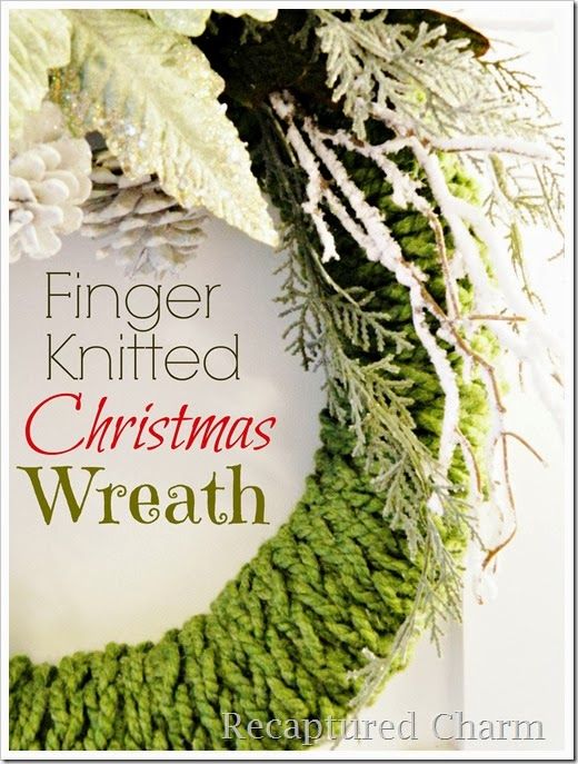 finger knitted christmas wreath6e