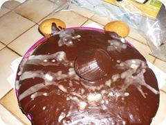 le gâteau d'anniversaire (un peu d'imagination, c'est une tête d'ours)