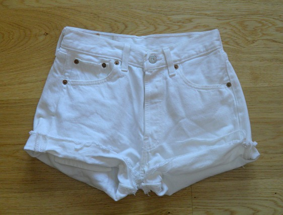 WHITE LEVIS 501 2
