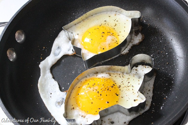 valentine's date shaped fried eggs
