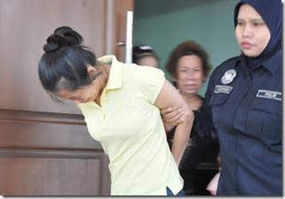 Suami isteri dipenjara 24 tahun kerana biarkan pembantu rumah mati kelaparan