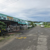 写真6: キドロン地区の低価格家屋(テラスハウス型) / Photo6: Terrace houses of lower price range at Kidurong area