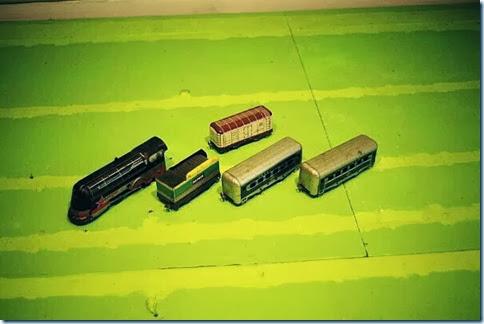 Hafner #2000 Locomotive & #90131 Tender & #4825 Refrigerato