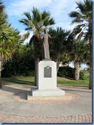 7156 Texas, South Padre Island -  Padre J. Nicolas Balli statue