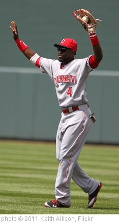 'Cincinnati Reds second baseman Brandon Phillips (4)' photo (c) 2011, Keith Allison - license: http://creativecommons.org/licenses/by-sa/2.0/
