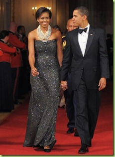 michella-obama-at-inaugural-ball
