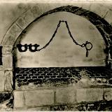 St-Léonard - Chaîne d'un prisonnier.png