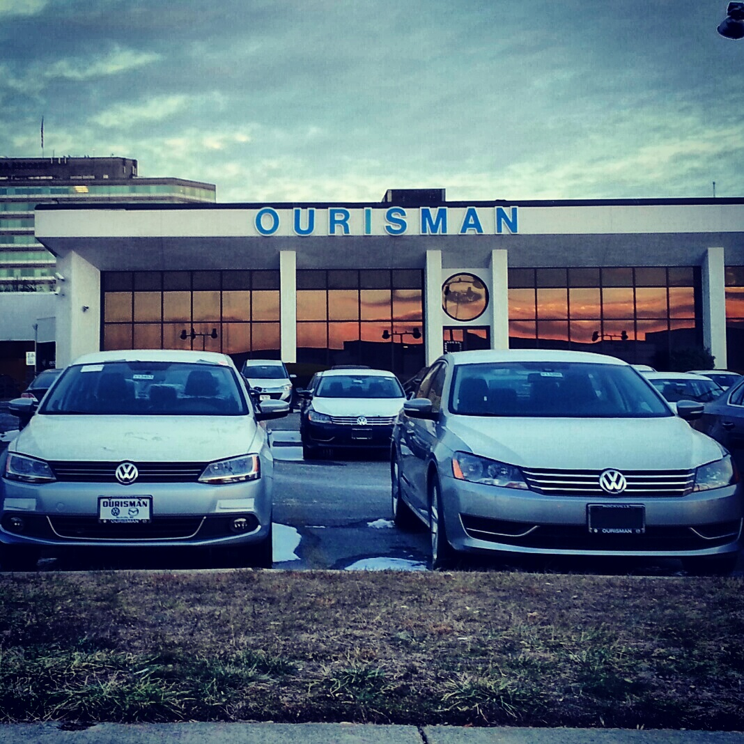 Robert Dyer @ Bethesda Row: VOLKSWAGENS INVADE ABANDONED BETHESDA FORD DEALERSHIP (PHOTOS)