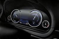 2013-BMW-7-Series-39.jpg