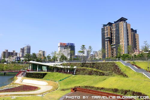 【台中新景點】秋紅谷公園(廣場)~全台最貴公園