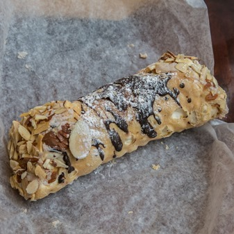 Mike's Pastry Hazelnut Cannoli
