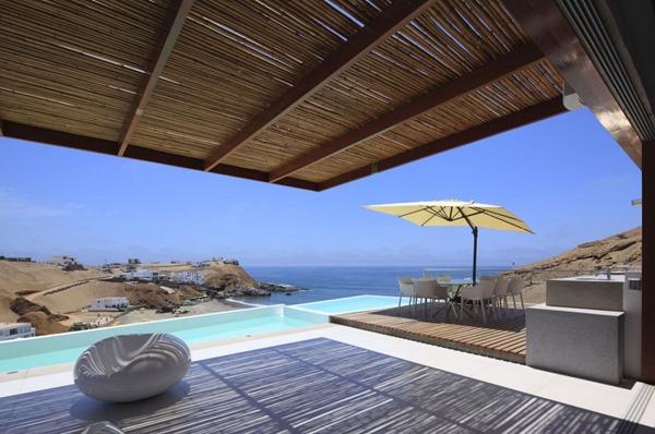 diseño-de-piscina-casa-de-playa-contemporanea