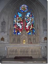 2012.08.17-005 vitraux dans l'église