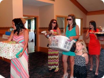 kelly and bridesmaides