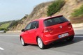 2013-Volkswagen-Golf-16