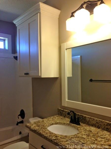 Standard hall bath in Texas