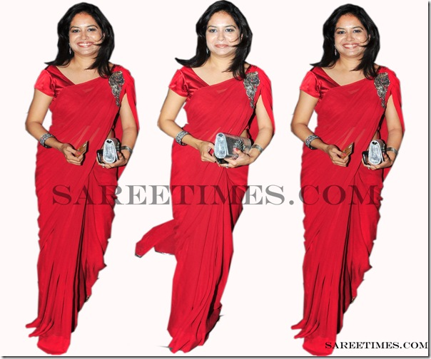 Signer_Sunitha_Red_Saree
