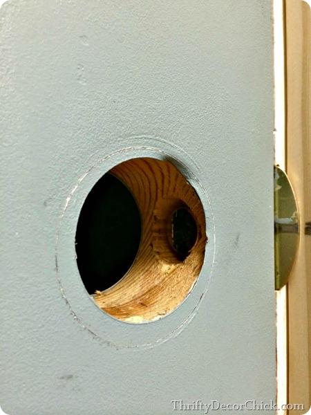 replacing door knobs