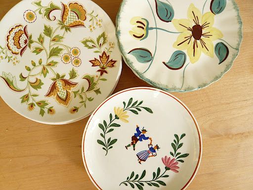 From their mix 'n' match tableware, here are a few that Jen and Josh collected.