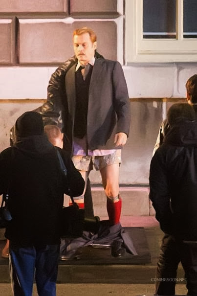 Johnny Depp bokszerben és térdig érő zokniban a Mortdecai forgatásán 10