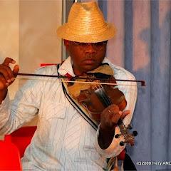 Ny Malagasy Orkestra::DSCF6931_001