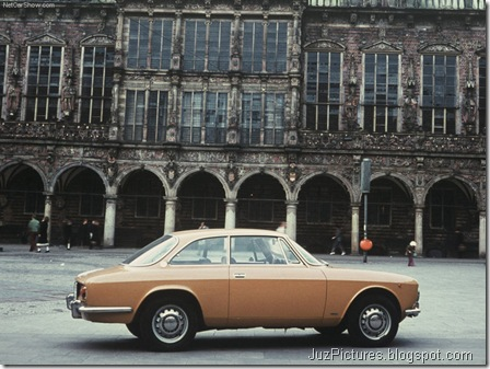 Alfa Romeo Giulia Coupe 1300 GT Junior 3
