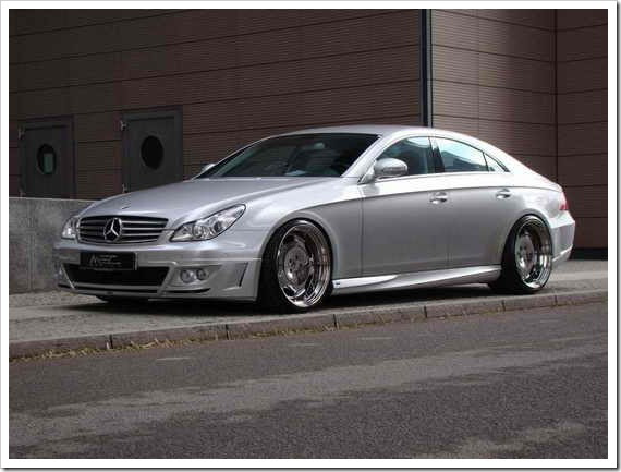 25 interesting facts about the mercedes benz megamachine for Mercedes benz facts