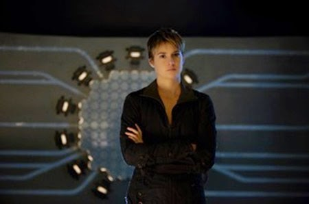 Shailene Woodley as Tris