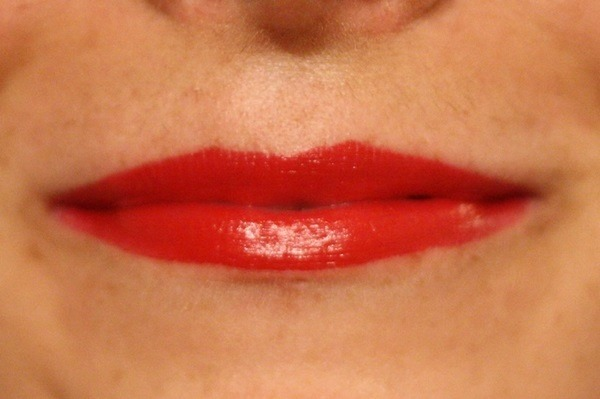 Top 5 Lipsticks for Perfect Red Lip (02)
