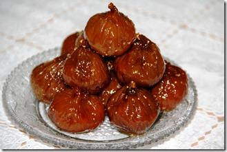 Shokoladovi bonboni s smokini i orehi_5947