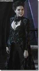 Regina costume