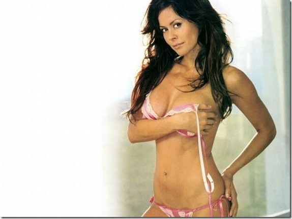 Brooke-Burke-topless-1