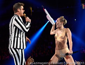 Miley and Robin Thicke perform
