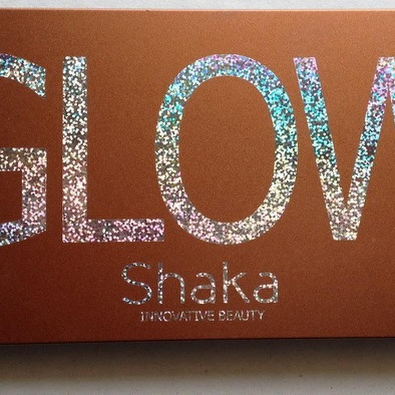 Shaka eyeshadow palette Glow