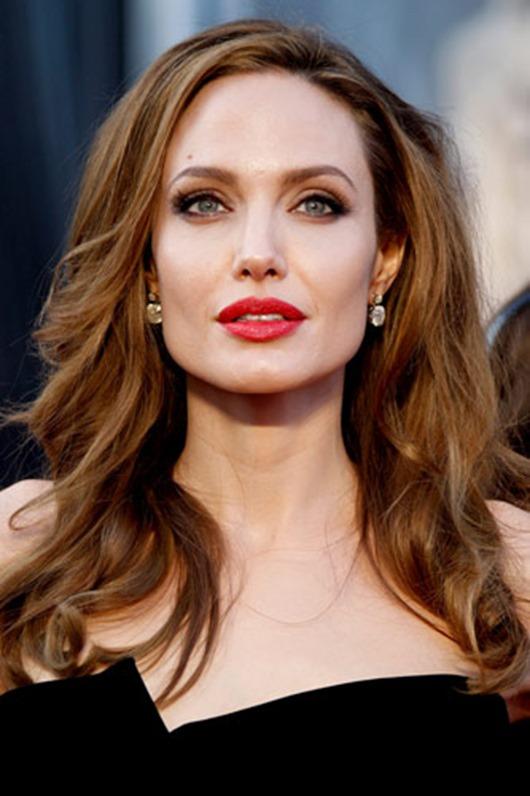 Анджелина Джоли собирается завести седьмого ребенка