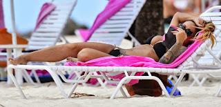 Jodie-Marsh-in-Black-Bikini--03.jpg