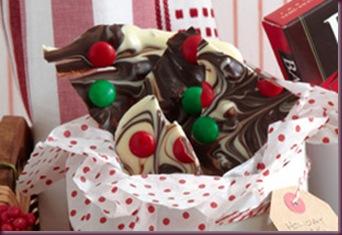 Festive-Candy-Bark-57262