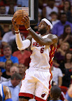 lebron james nba 130102 mia vs dal 04 King James Debuts LBJ X Portland PE But Ends Scoring Streak