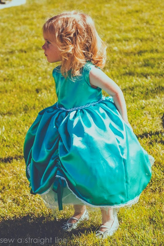 5 & 10 designs princess dress sew a straight line-15
