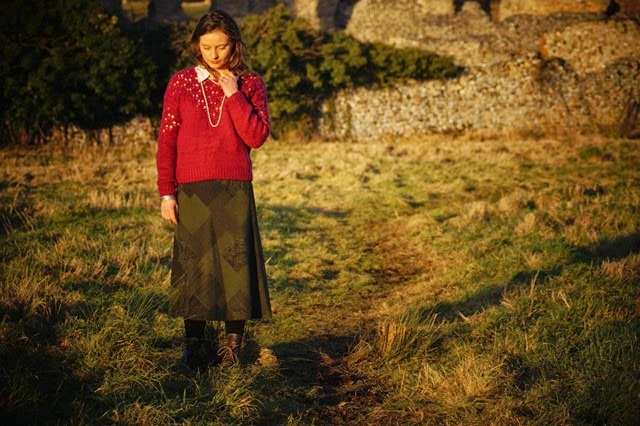 Tapestry skirt blouse and jumper in the countryside