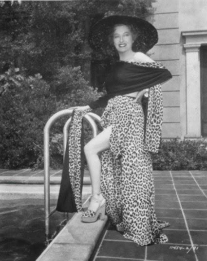 Gloria Swanson 027